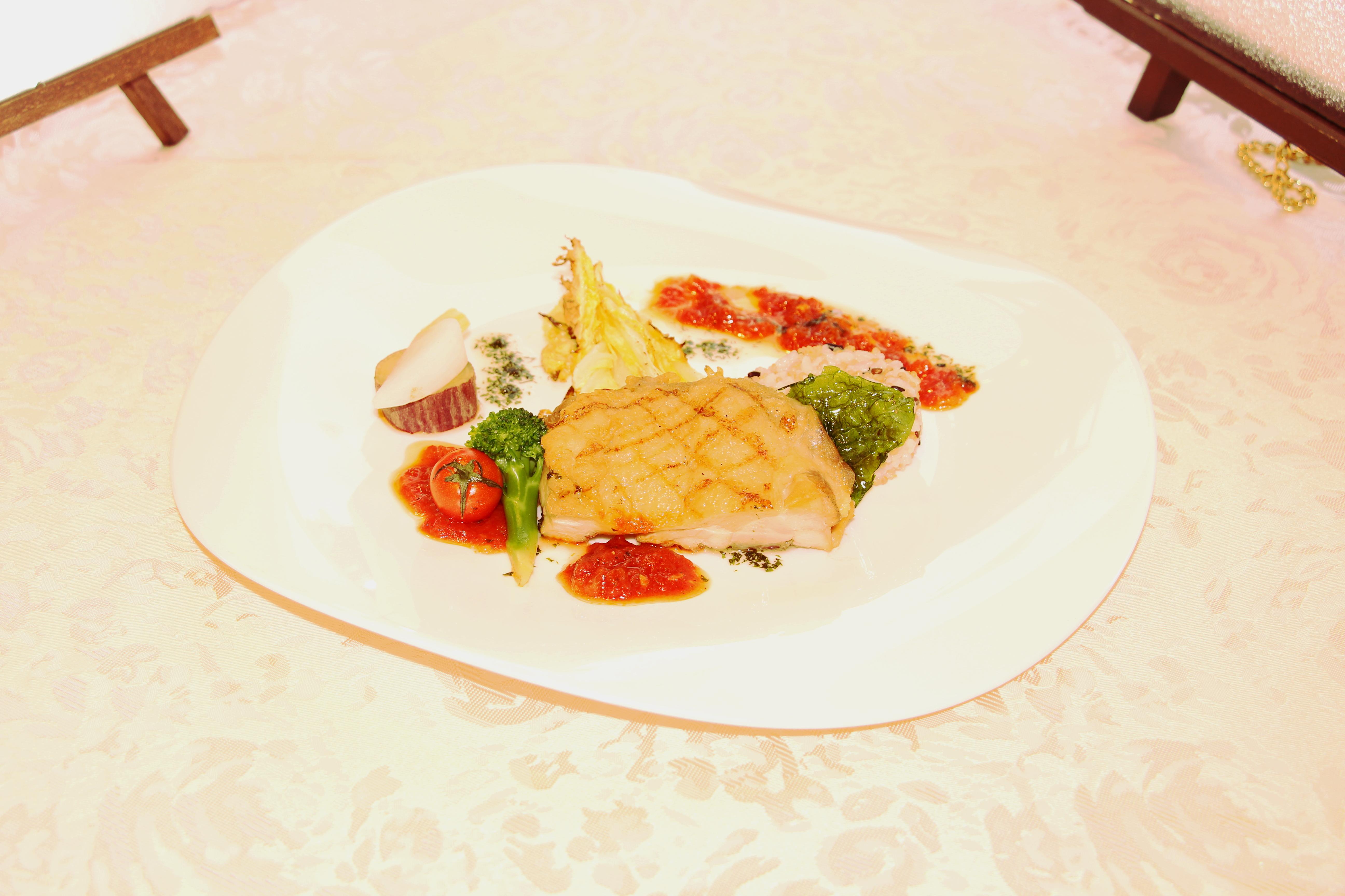 千葉県産ハーブ鶏のグリル